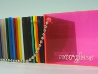 acrilico-fluo-rosa-711x340